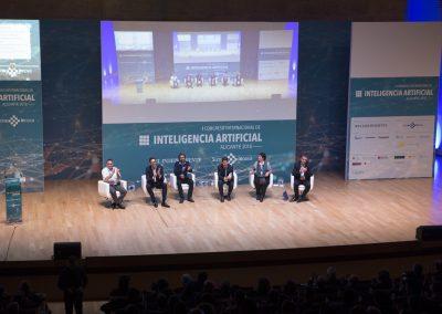 Expertos de las mayores tecnológicas del mundo analizan en Alicante los retos de la Inteligencia Artificial